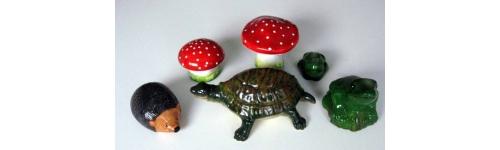 Animaux champignons en  terre cuite